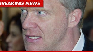 Anthony Michael Hall -- Citizen's Arrest After Alleged Neighborhood Brawl