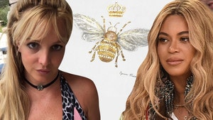 Britney Spears, Beyonce Queen B Painting Wasn't for Either Singer