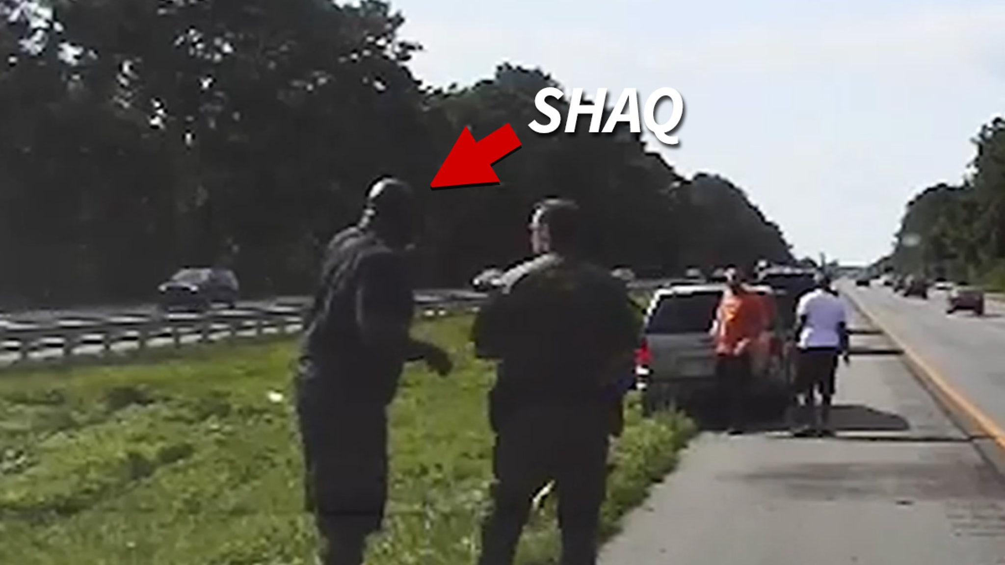 Shaquille O'Neal Good Samaritan Act Caught On Video ... Helped Stranded Driver