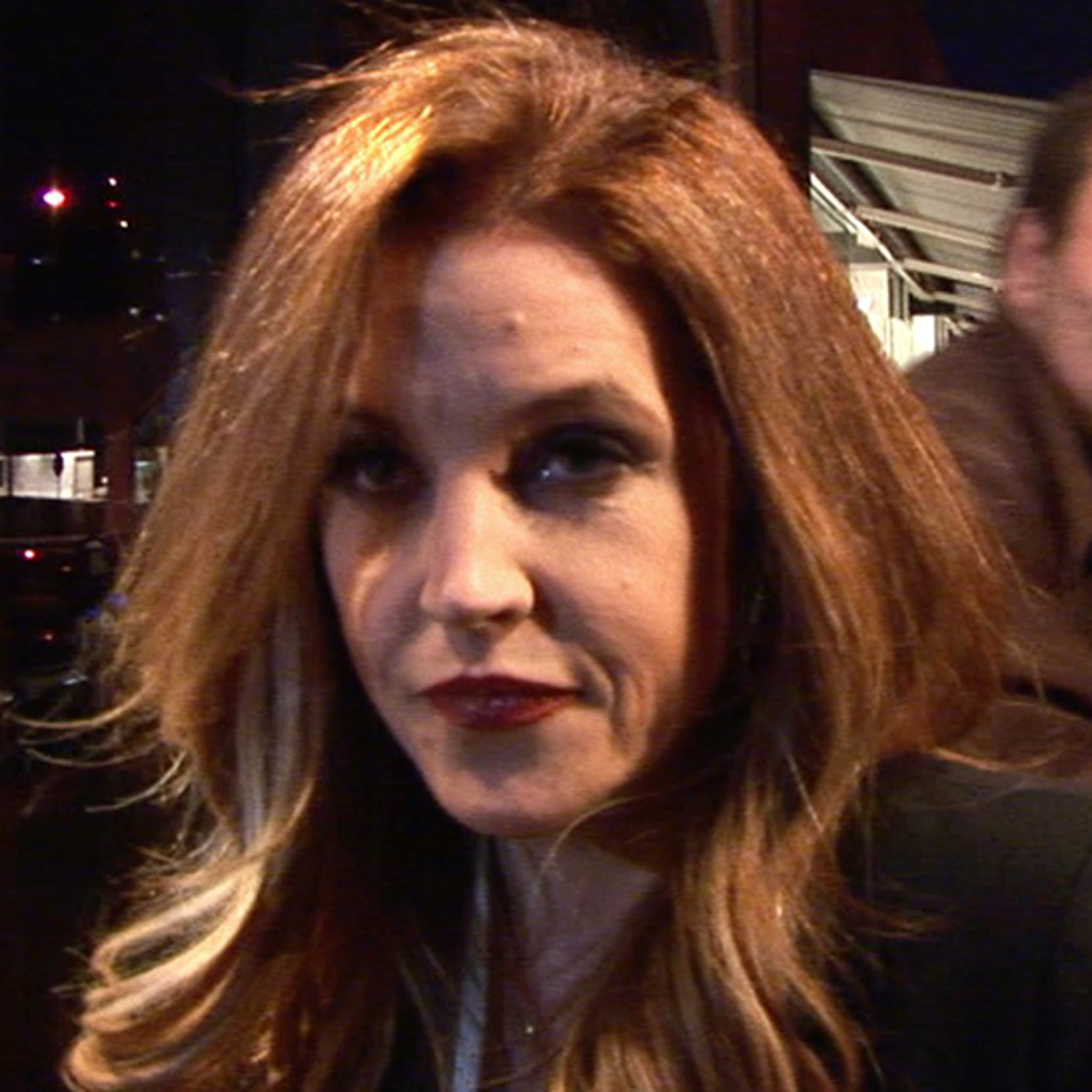 Lisa Marie Presley Sues Ex-Manager for Blowing Her Fortune (UPDATE)