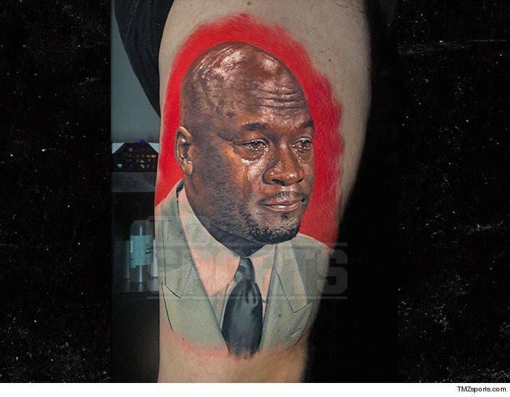 Gratificante Transparentemente Pornografía  Chicago Bulls Fan Gets Epic 'Crying Jordan' Tattoo
