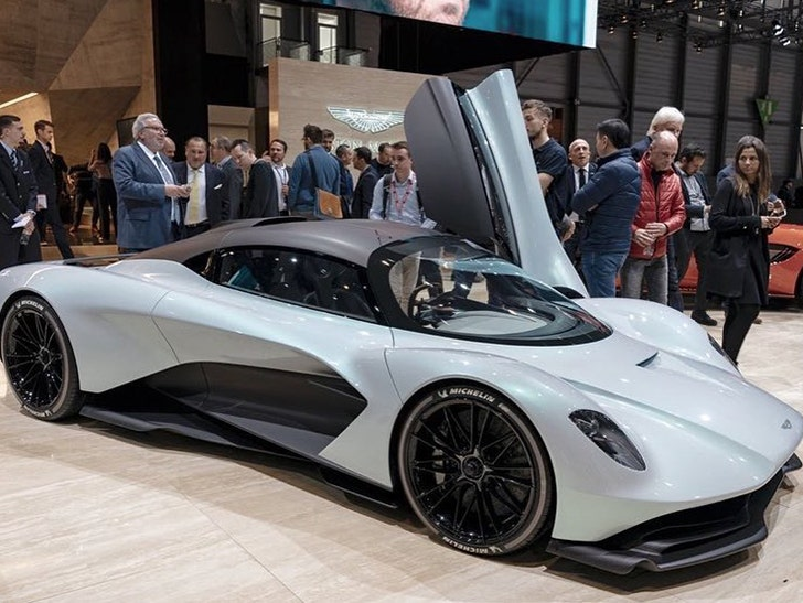 Tom Brady Goes Crazy Over New Aston Martin I Need A Bigger Garage