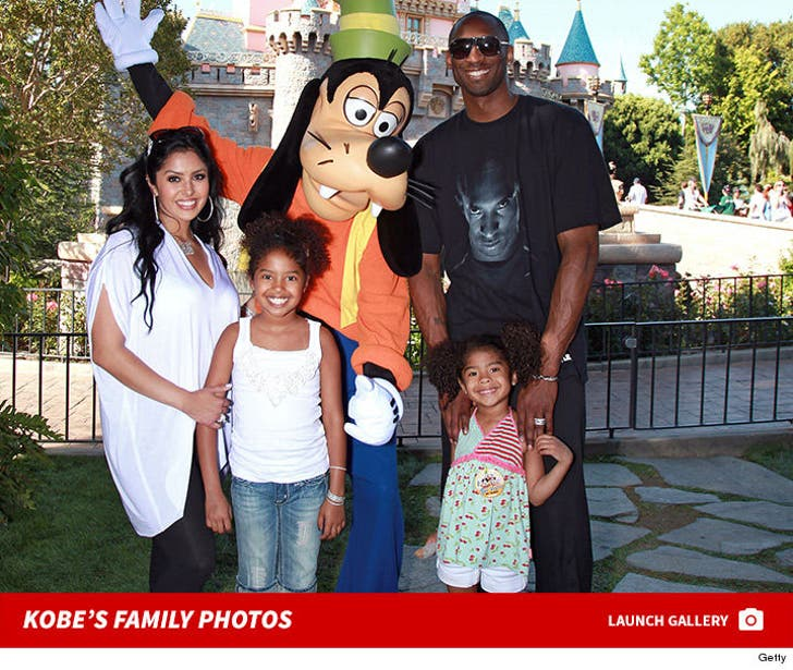 Kobe Bryant's Family Photos
