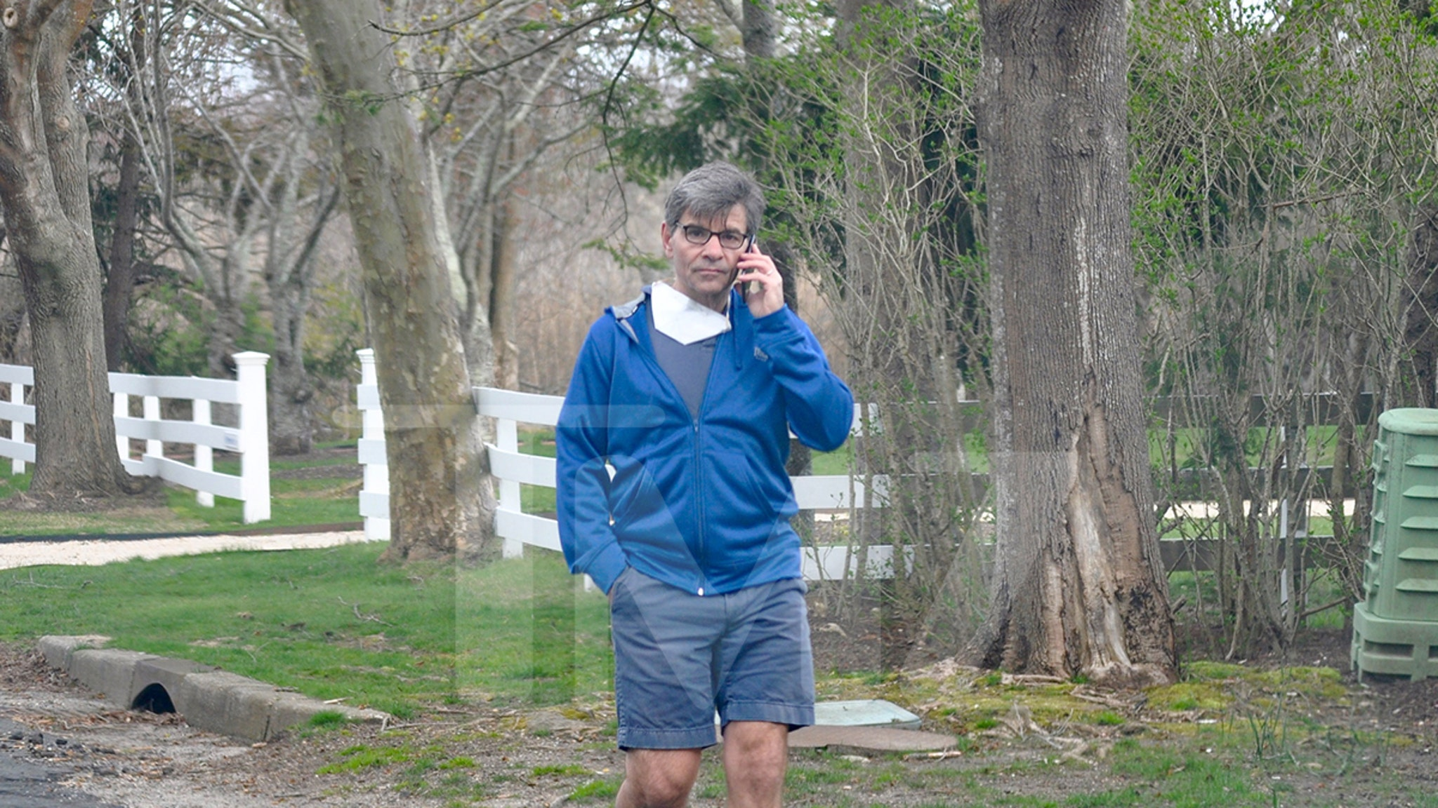 George Stephanopoulos Walking in the Hamptons After COVID-19 Diagnosis