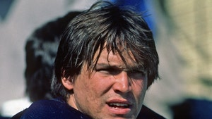 NFL's Steve McMichael Diagnosed with ALS, 'Paralyzed From Shoulders Down'