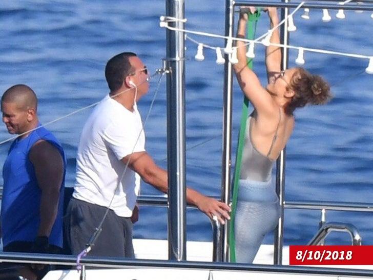 Jennifer Lopez and Alex Rodriguez Workout on Fancy Yacht
