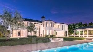 Kim Kardashian & Kanye West's Old Bel-Air Mansion Sells at Nearly $4 Million Loss