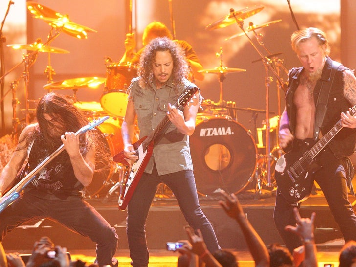 Metallica's Rockin' Performance Photos