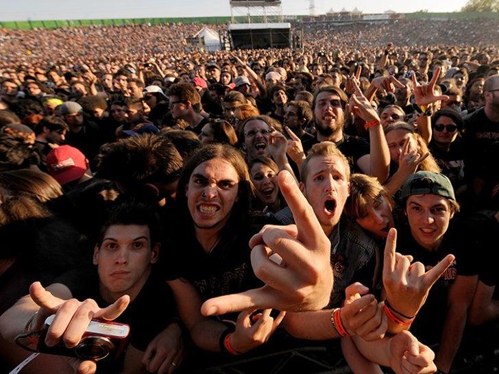 Iron Maiden Fans Photos