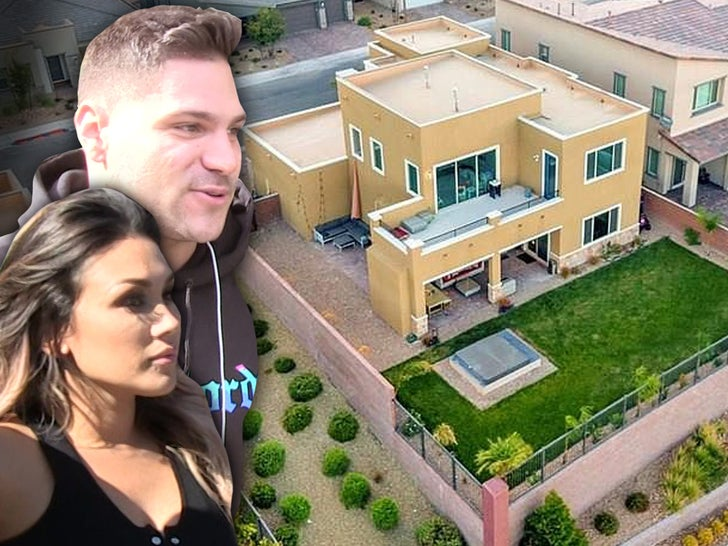Ronnie Ortiz-Magro and Jen Harley -- Selling Vegas Home