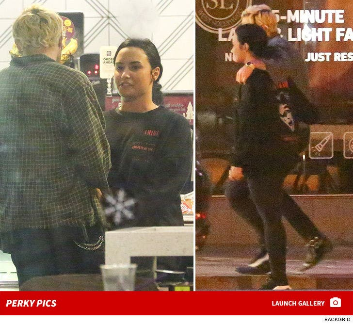 Demi Lovato Hanging Out With Sober Buddy Again