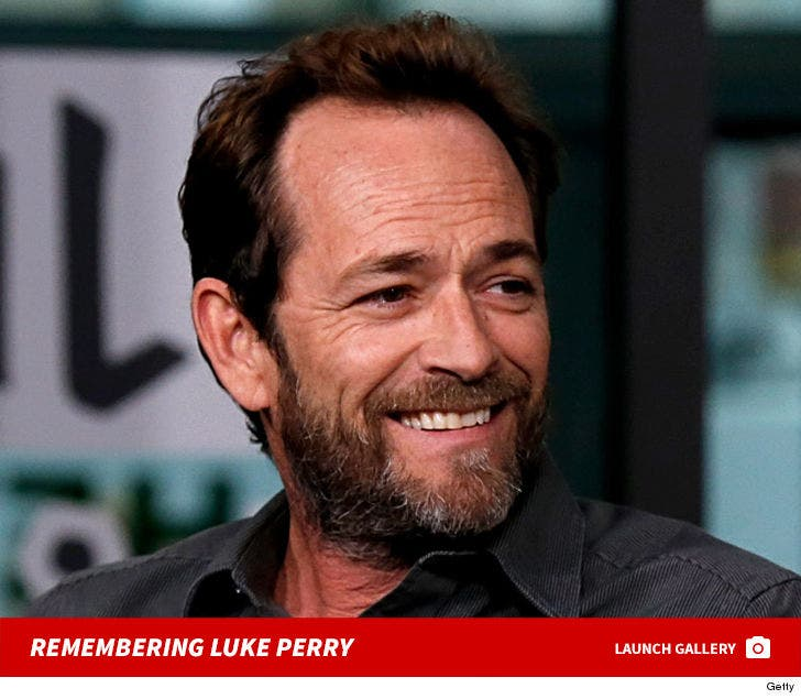 Luke Perry Dead at 52, 'Beverly Hills, 90210' Star Didn't Recover