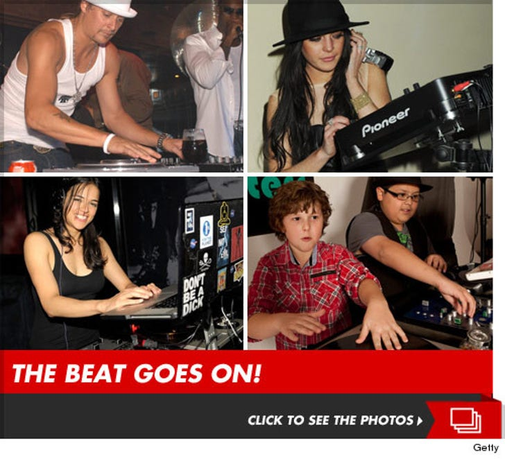 Mixin' It Up -- Stars on the 1's and 2's!
