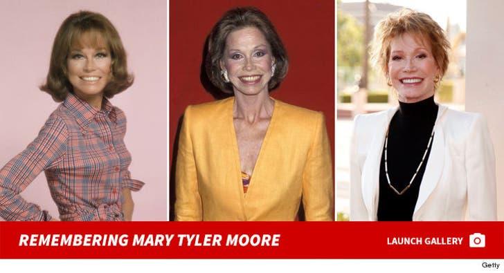 Mary Tyler Moore Photos