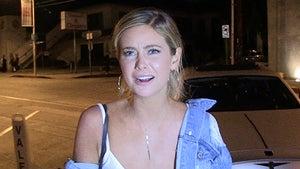 'Bachelor' Finalist Hannah Godwin Claps Back at Kelly Ripa for Diss