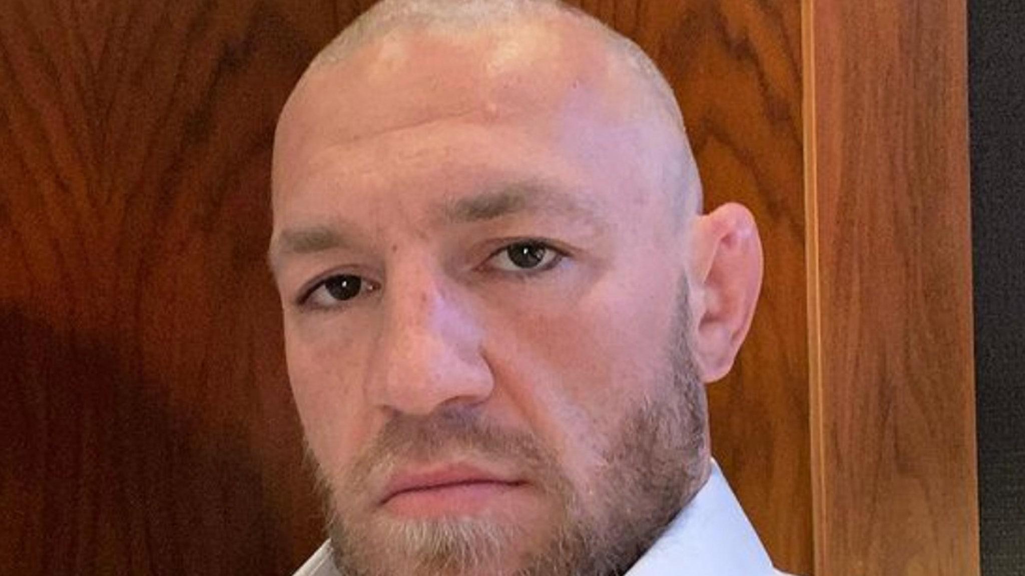 Конор МакГрегор отрицает правонарушения после того, как две женщины подали иски против звезды UFC