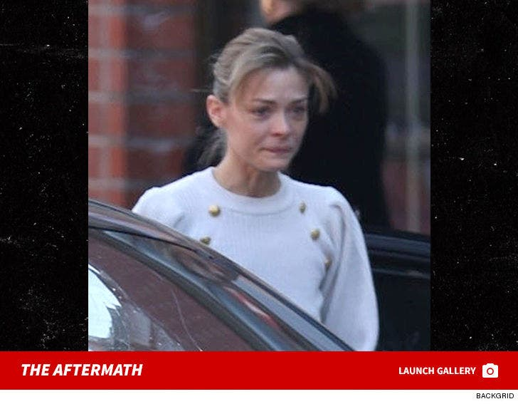 Jaime King Attacked in Traffic by a Crazy Man on a Skateboard