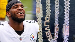 Steelers' Eric Ebron Cops Custom Diamond Chains to Honor His 2 Sons
