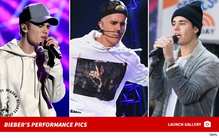 Justin Bieber's Performance Pics