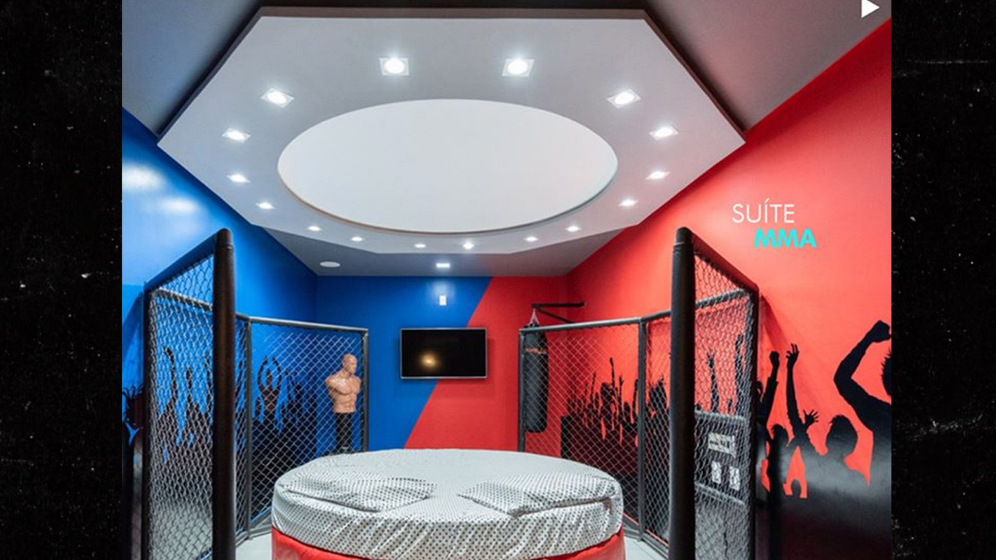 Brazil Sex Hotel Offers MMA Themed Room with Octagon Bed, Ground & Pound, Baby!