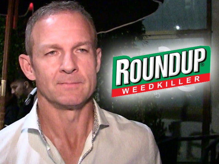 Ex-ESPN analyst Hoge says Roundup caused cancer