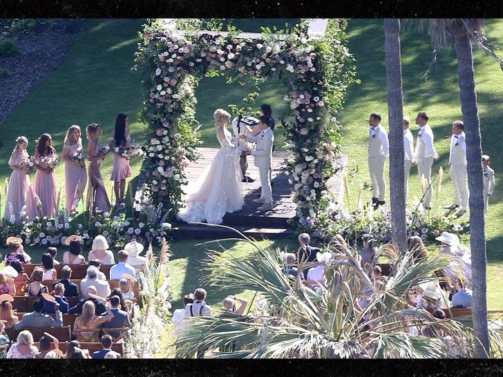 Muse singer Matt Bellamy and model Elle Evans are married
