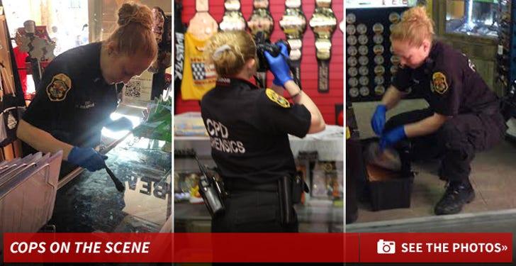 Hulk Hogan's Store -- Cops On The Crime Scene