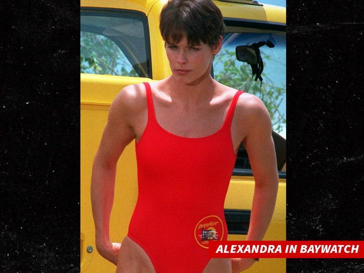 alexandra paul in baywatch