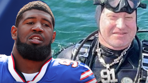 Ed Oliver's Diamond Chain Sinks To Bottom Of Lake Erie, Recovered By Diver!