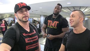 Floyd Mayweather Has Legit Wrestling Skills, Say TMT Bodyguards