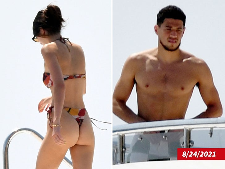 Kendall Jenner On Yacht With Devin Booker In Italy