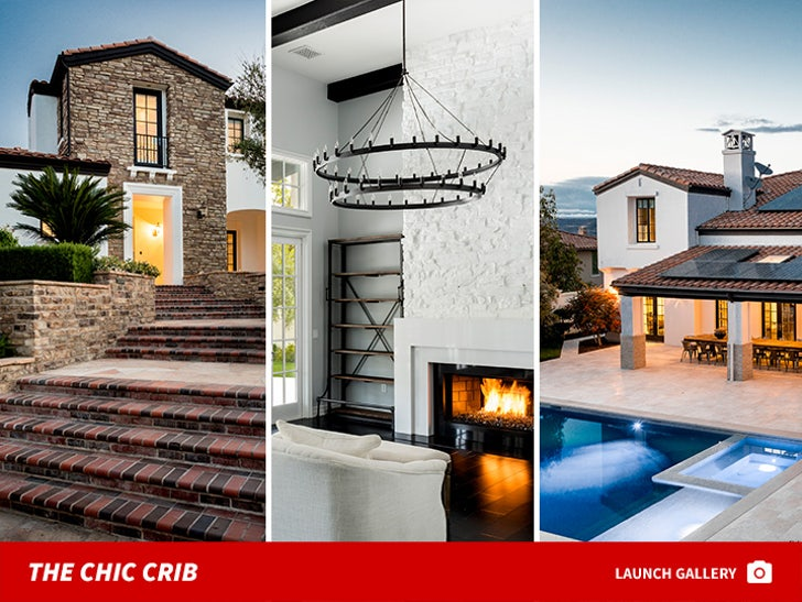 Kylie Jenner - The Chic Crib