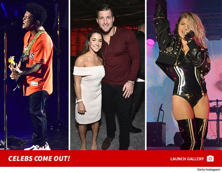 Celebs Come Out for Super Bowl 51