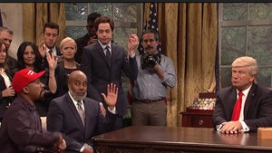 'SNL' Mocks Trump's Meeting with Kanye West in Oval Office