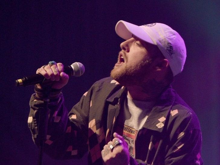 Mac Miller Performance Photos