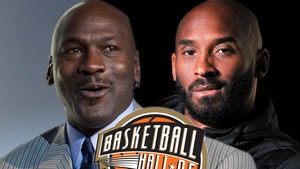 Michael Jordan to Present Kobe Bryant at HOF Induction Ceremony in May