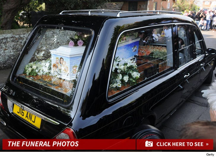 Peaches Geldof Funeral Photos