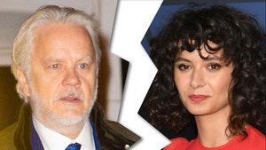 Tim Robbins Files for Divorce from Gratiela Brancusi