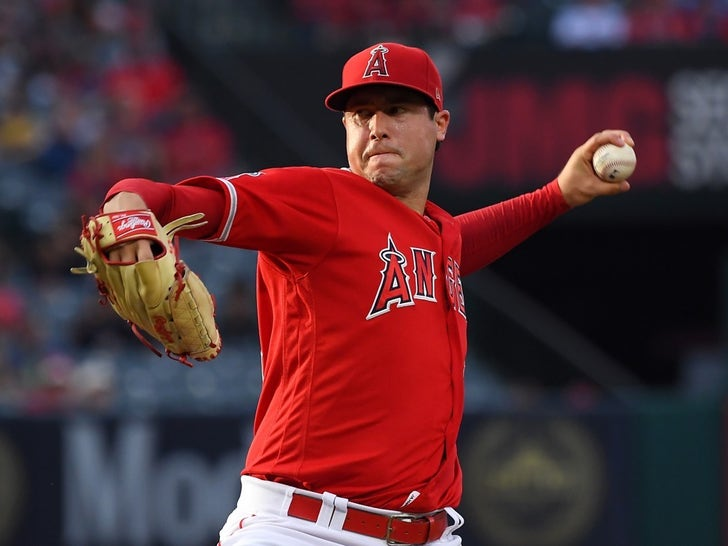 Tyler Skaggs Pitching Against the Oakland Athletics