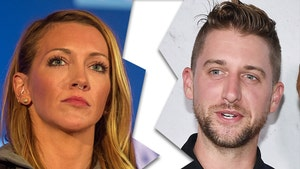 'Arrow' Star Katie Cassidy Files for Divorce