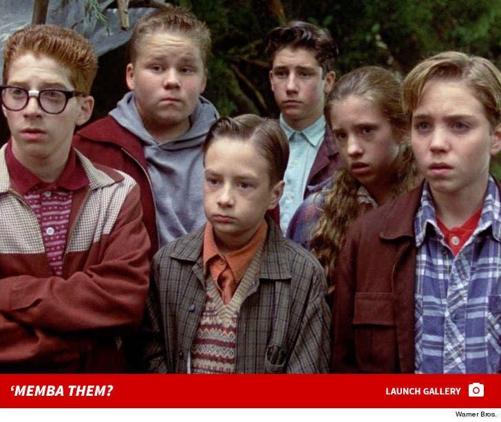 Stephen King's 'IT' Cast 'Memba Them?!