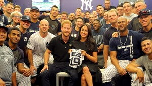 Meghan Markle, Prince Harry Gifted 'Archie' Jersey at Yankees Game in London