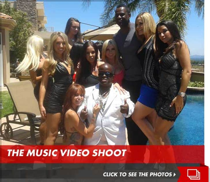 Brian McKnight -- Welcomes 15 Porn Stars and a Little Person to his House