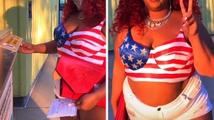 Lizzo Struts Her Way to the Ballot Box, Twerks After Voting