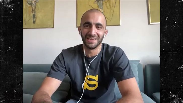 UFC's Giga Chikadze Says He's Superior Striker To Max Holloway, Would Beat In 2 Rounds.jpg