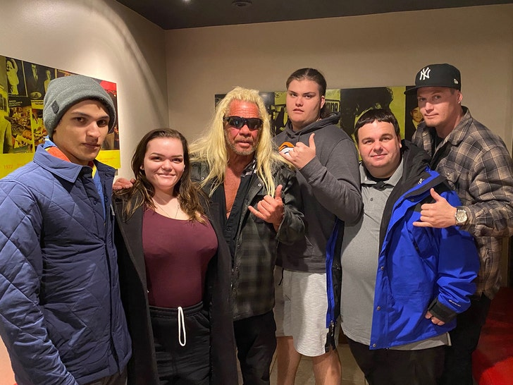 Dog the Bounty Hunter and Moon Angell quash engagement rumors