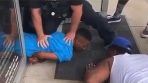Houston Police Officer Praised for Peaceful Arrest with Community's Help