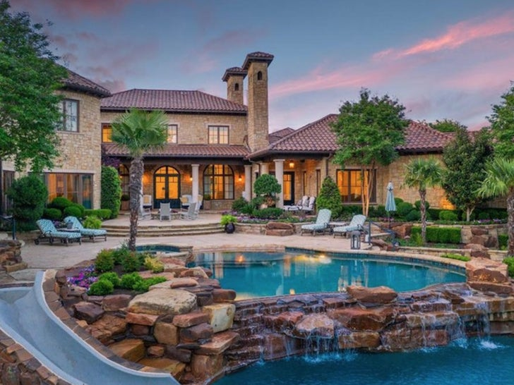 Jason Witten Unloading Awesome Texas Estate