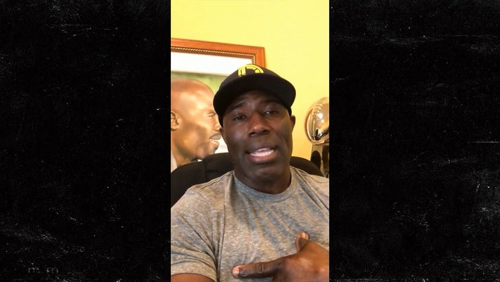 cheaper 86f84 904b5 Terrell Davis Says CBD Would Have Extended His NFL Career