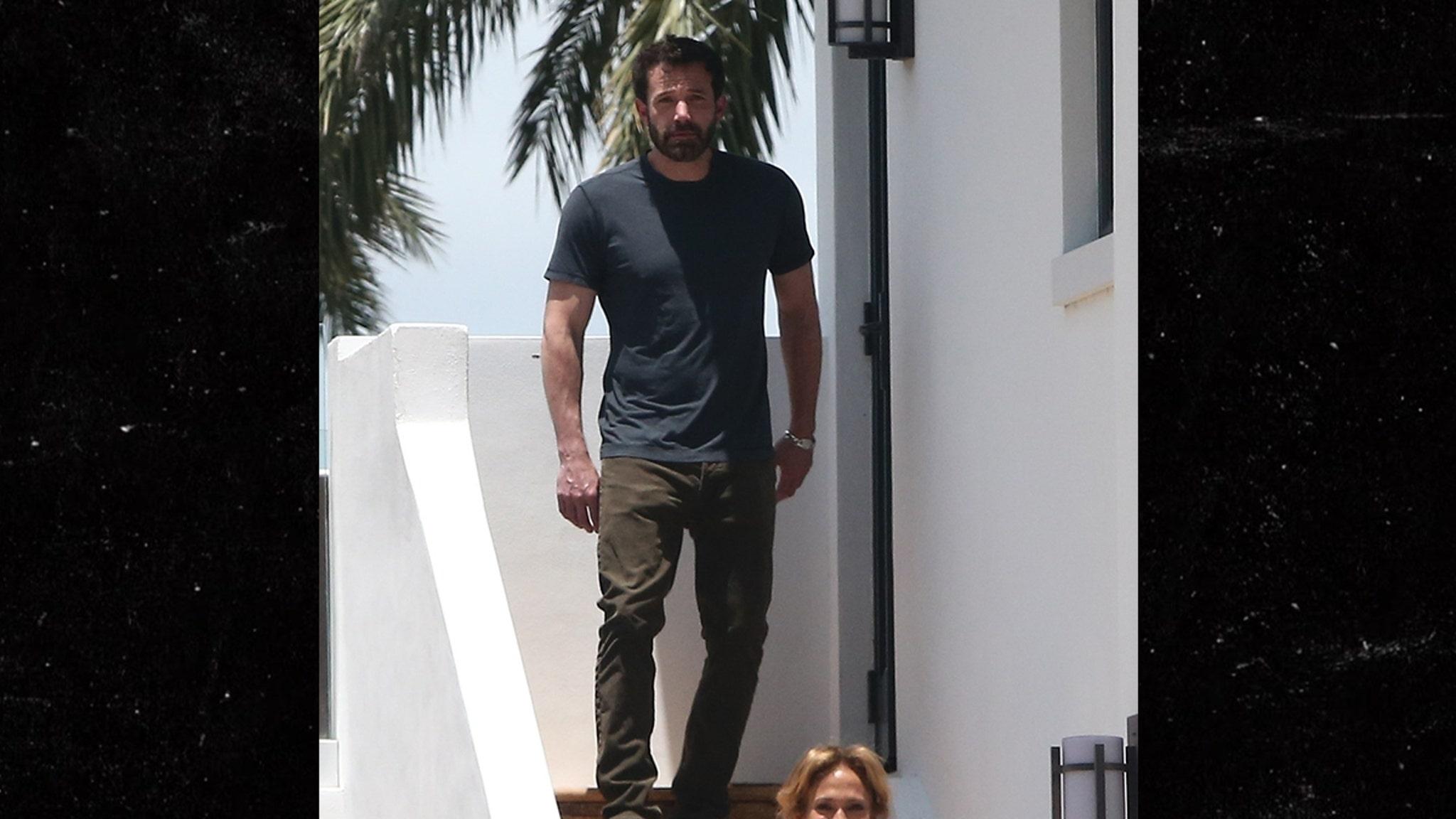 Ben Affleck, J Lo Pictured Together for First Time Since Rekindling